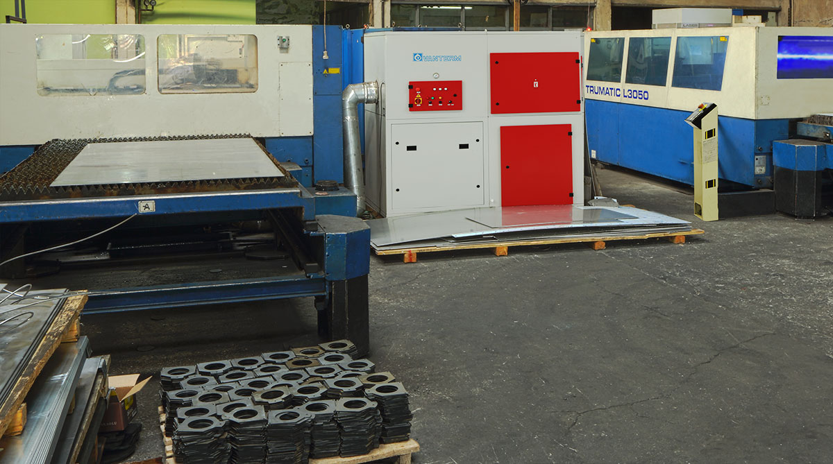 Dust-control-of-a-Laser-Cutting-Workshop-application-photo-1