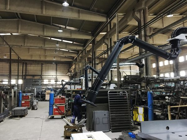 Fume-extraction-with-arms-and-cranes-welding-application-photo-2